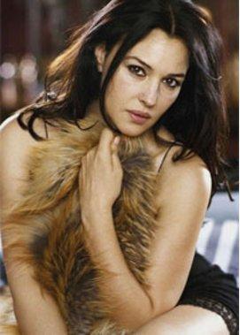 Monica Belucci ist eine sinnliche Schauspielerin.