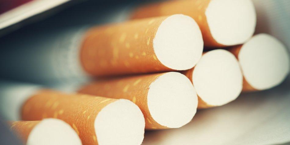 Cigarette Pack - shallow depth of field - Adobe RGB