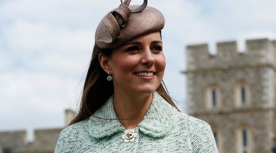 Bei ihrem letzten offiziellen Auftritt bei einer Pfadfinder-Veranstaltung in Windsor, präsentierte sich Kate Middleton in einem mintfarbenen Bouclé-Mantel.