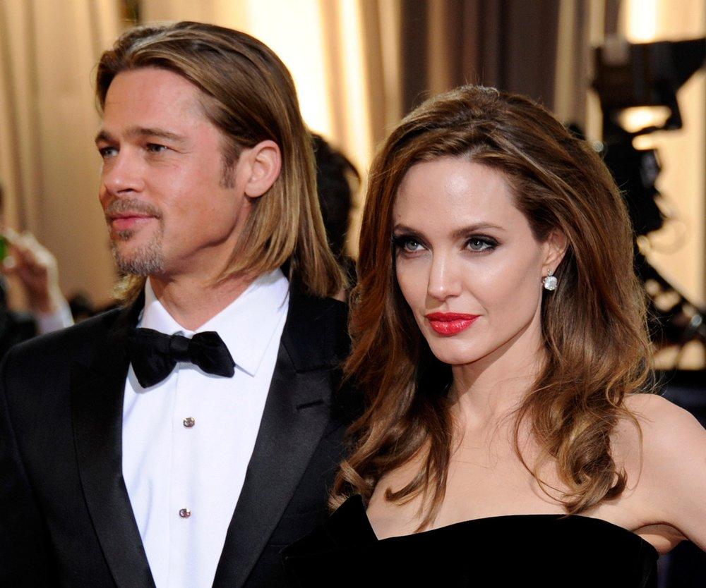 Angelina Jolie und Brad Pitt total zerstritten wegen Jennifer Aniston?