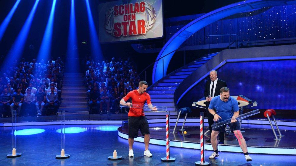 """Lukas Podolski tritt bei """"Schlag den Star"""" gegen Elton an"""