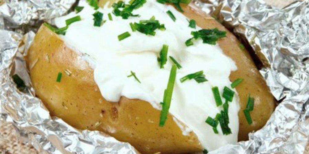 Ofenkartoffeln mit Kräuterquark