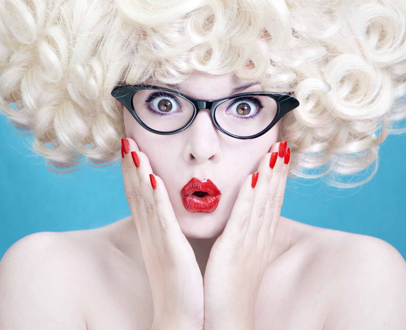 Frisuren für Brillenträger: Gar nicht so haarig  erdbeerlounge.de