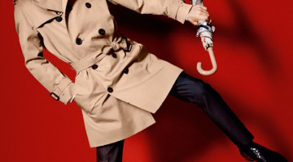 Romeo Beckham modelt für Burberry Spring/Summer 2013.