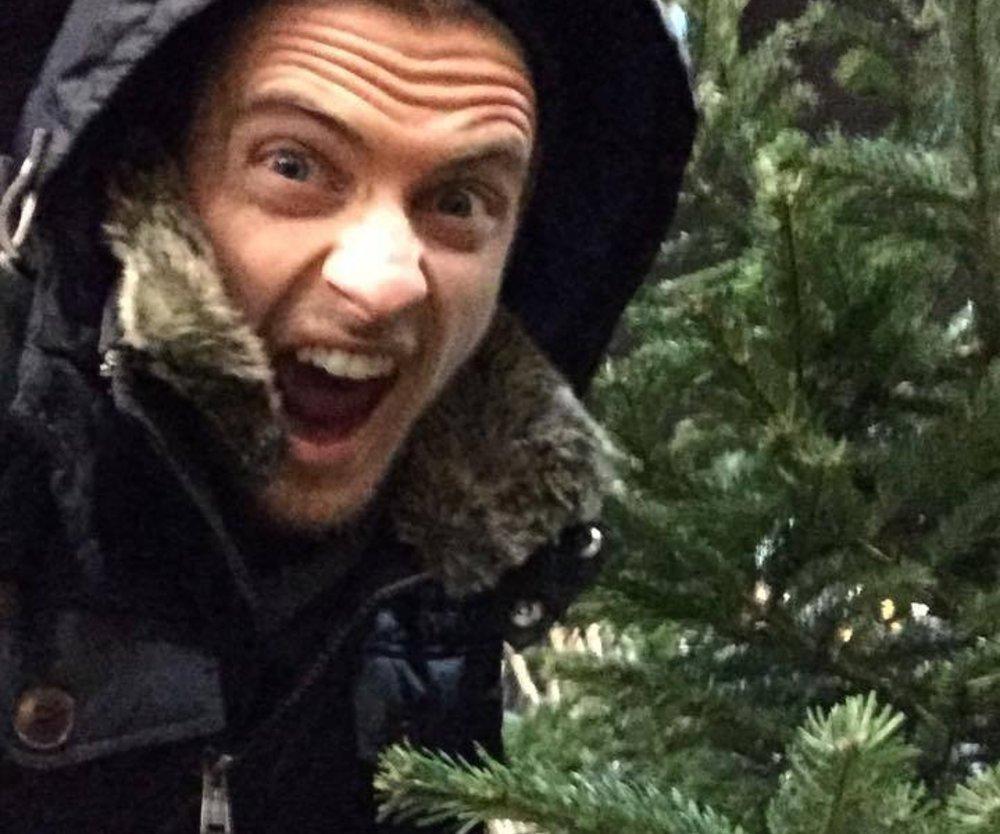 Jörn Schlönvoigt shoppt Weihnachtsbäume