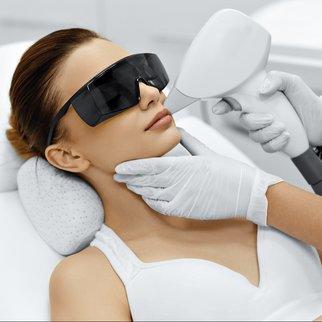 Laser Permanent Make-up entfernen