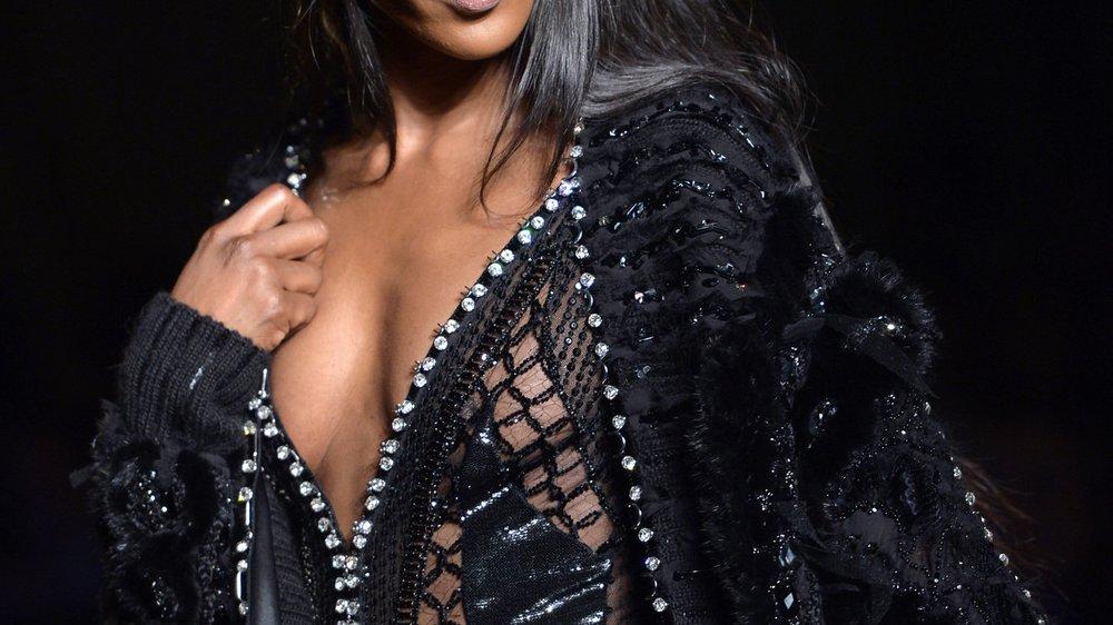 Naomi Campbell zeigt ihren Traumbody