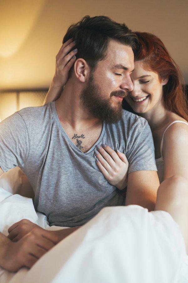 Kuscheln ist für Männer wichtig | desired.de