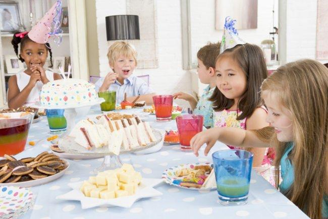 Das Essen für den Kindergeburtstag.
