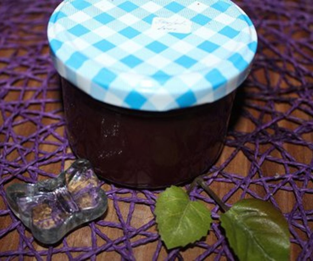 Stachelbeer-Marmelade mit Rum