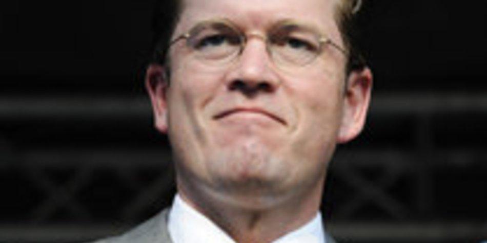 Guttenberg ist der bestangezogenste Deutsche
