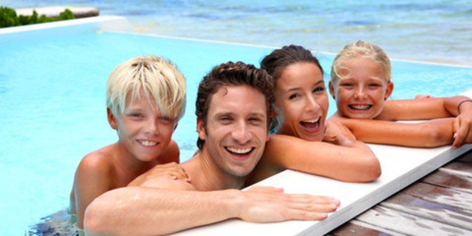 Reiseapotheke und Reisekrankenversicherung