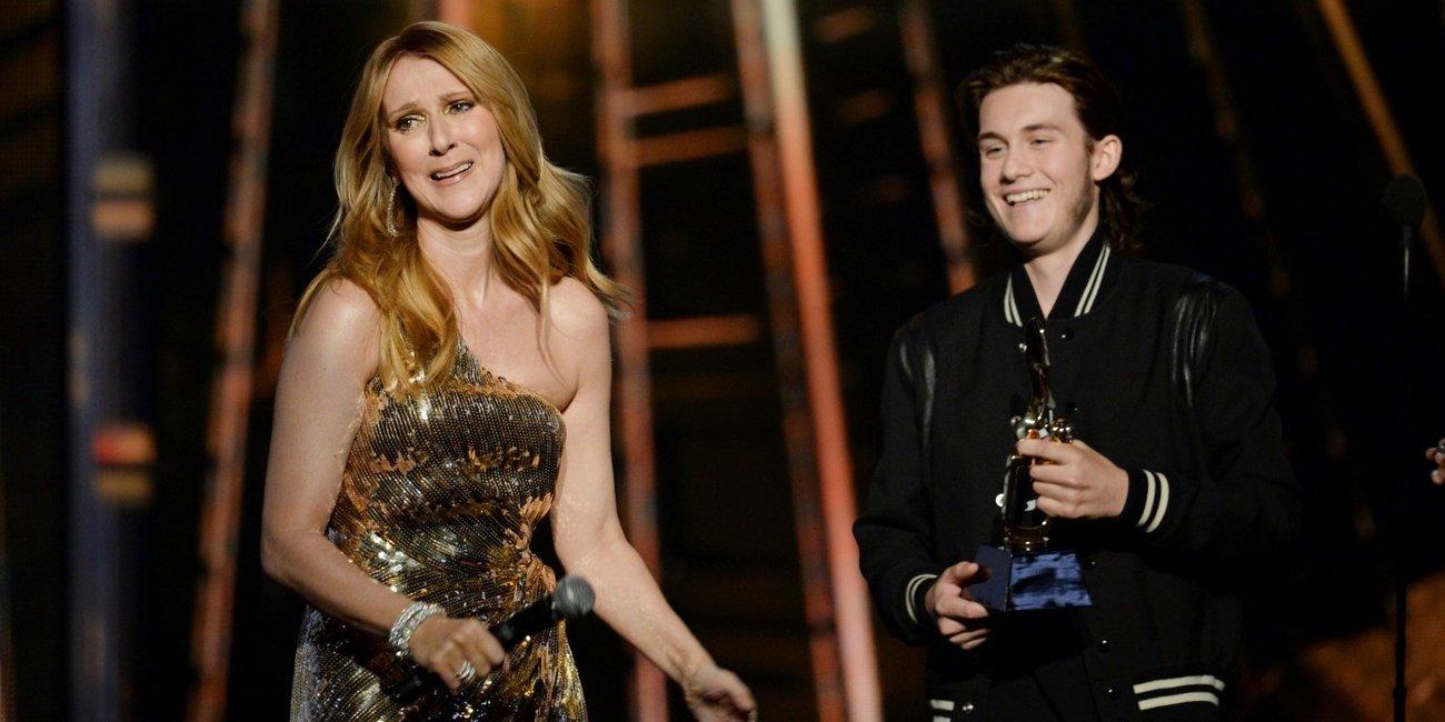 Céline Dions Auszeichnung wurde ihr von ihrem Sohn überreicht.