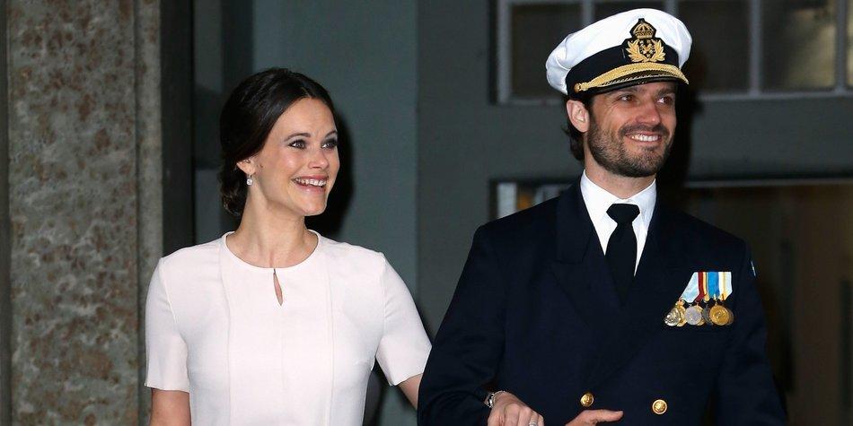 Zu Prinz Carl Philips Geburtstag veröffentlicht das schwedische Königshaus neue Familienfotos mit Baby Prinz Alexander