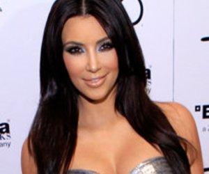 Kim Kardashian weiß, wie man feiert