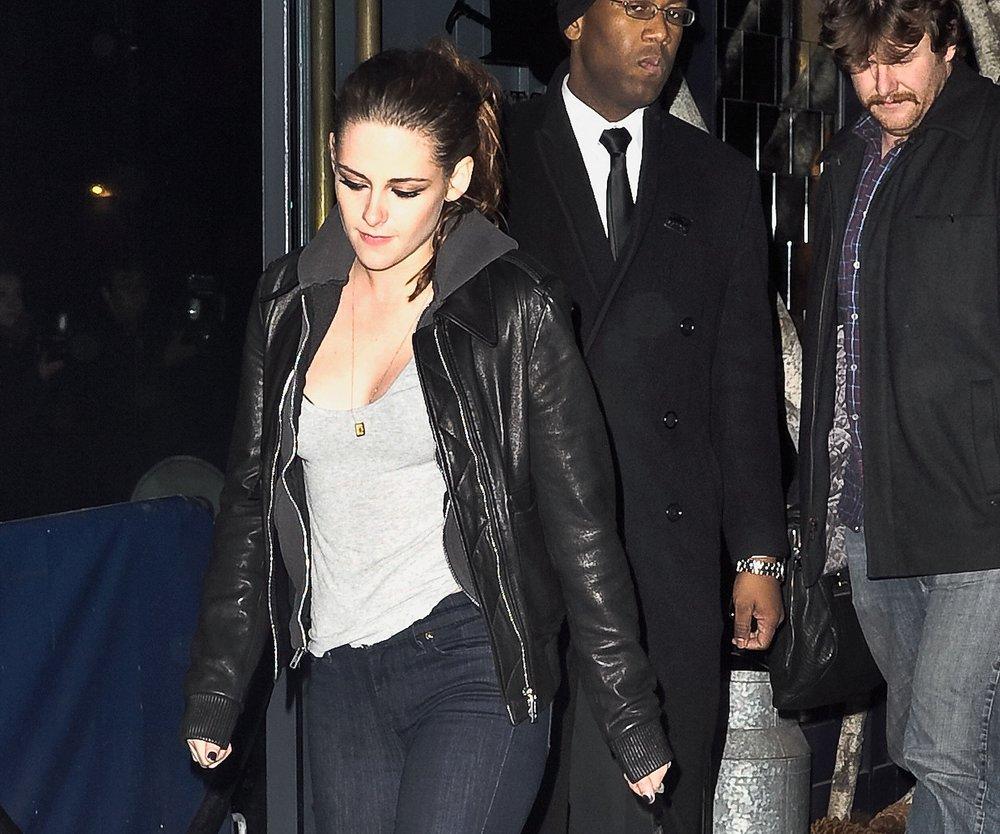 Kristen Stewart: Trauert sie Robert Pattinson hinterher?