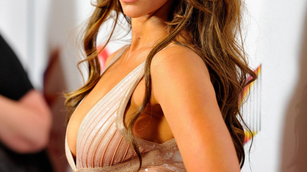 Jennifer Love Hewitt: Ungewollte Brustverkleinerung