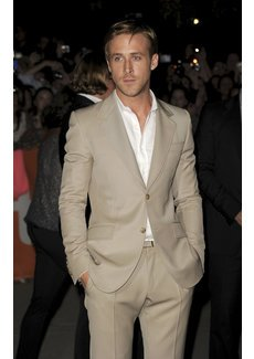 Ryan Gosling im sexy Anzug