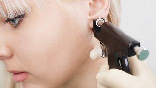 Ohrlochpistole gefährlich