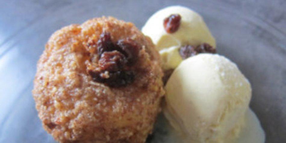 Airfryer : Bratapfel im Nussmantel