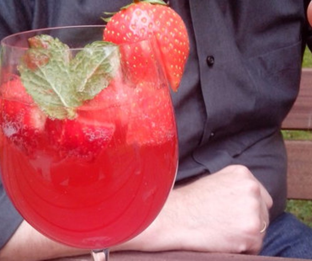 XUXU Erdbeerbowle