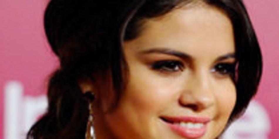 Selena Gomez: Das oben ohne Bild ist ein Fake!