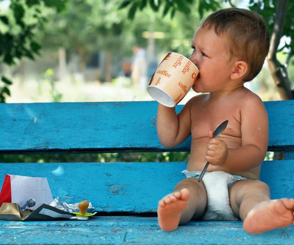 Kleinkinder sollten möglichst früh aus Bechern trinken