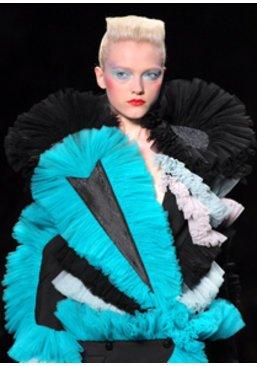 Fashion Week: Kollektion von Victor & Rolf