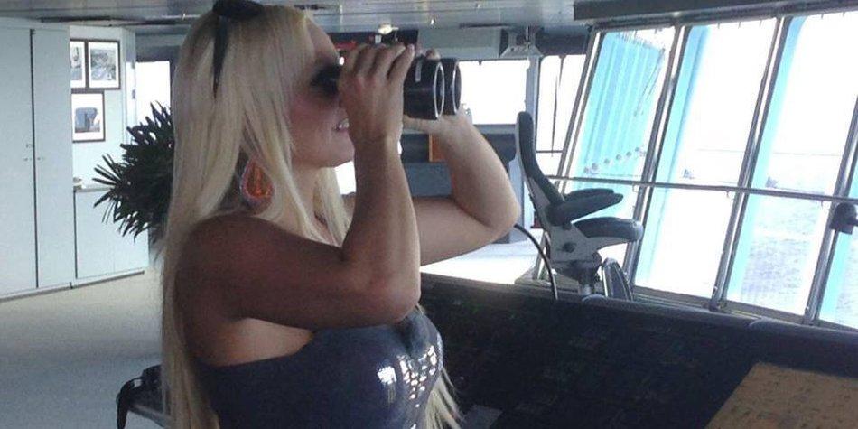Daniela Katzenberger im Urlaub mit Mama Iris