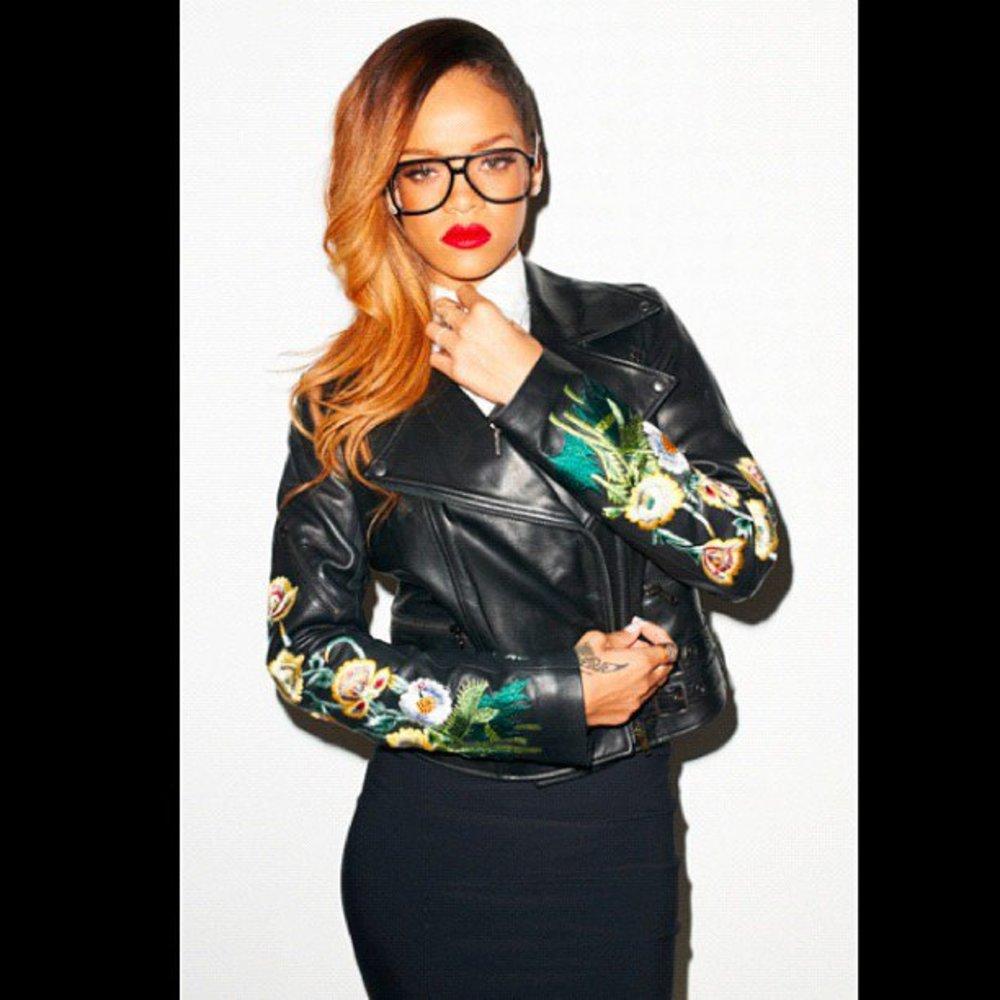 Rihanna tourt in Givenchy um die Welt
