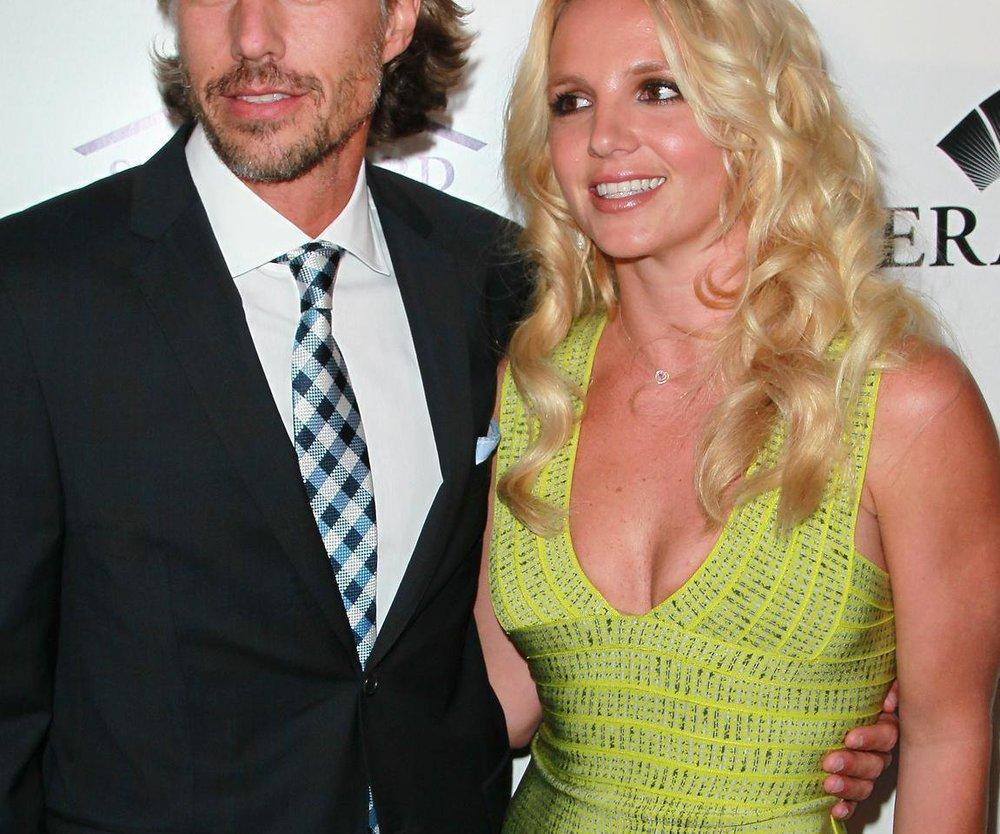 Britney Spears erteilt Jason Trawick Redeverbot!