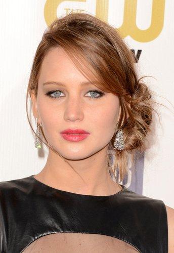 Jennifer Lawrence mit Haarknoten