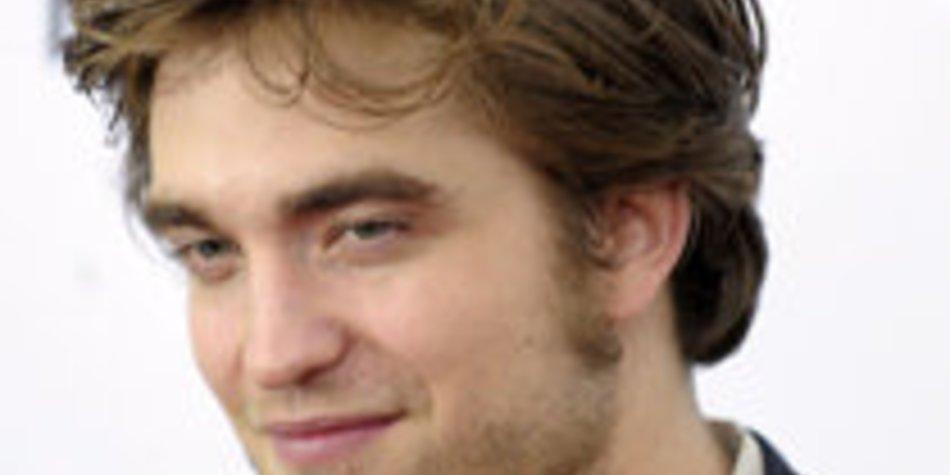 Robert Pattinson: Bald nackt auf einem Cover?!