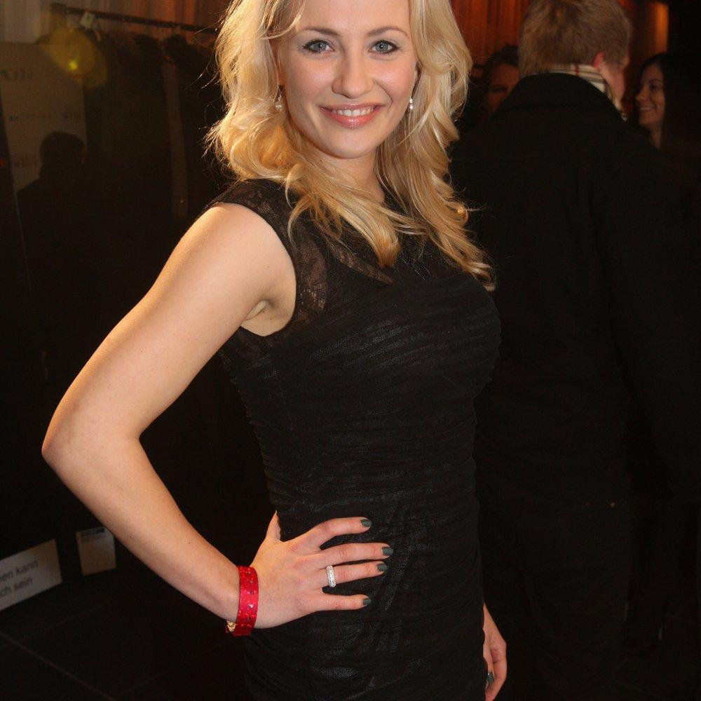 Alles was zählt: Ania Niedieck ist verlobt