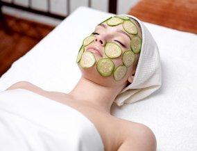 Hilft wirklich: die gute alte Gurkenmaske