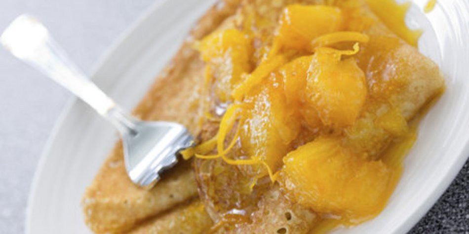 Crepes Suzette flambieren
