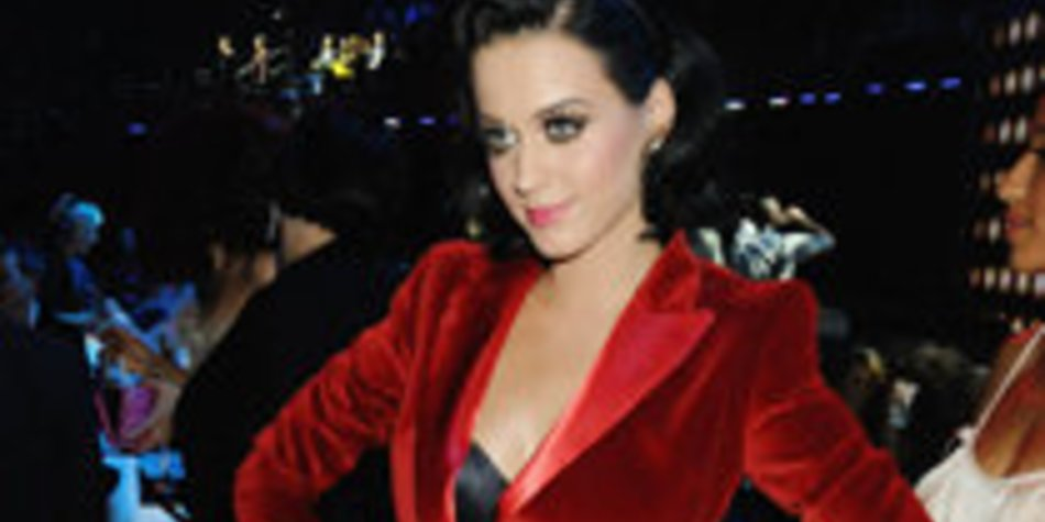 Katy Perry: Extravagante Outfits bei den EMA's