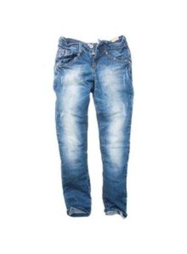 Mit dieser coolen Jeans liegst Du genau richtig!