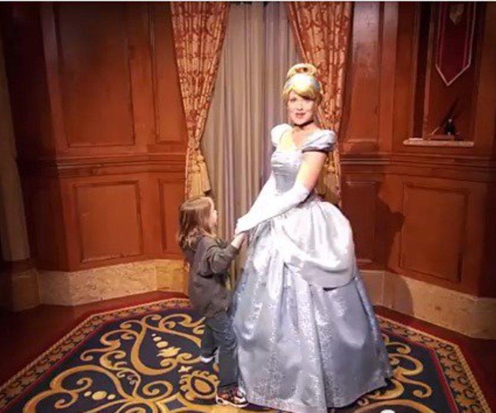 5-Jähriger macht Disney-Prinzessinnen Heiratsanträge