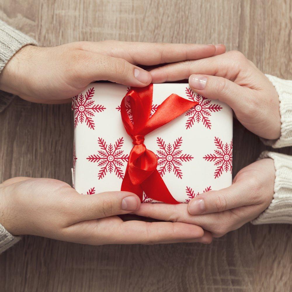 Weihnachtsgeschenke für den Freund: 21 kreative Ideen   desired.de