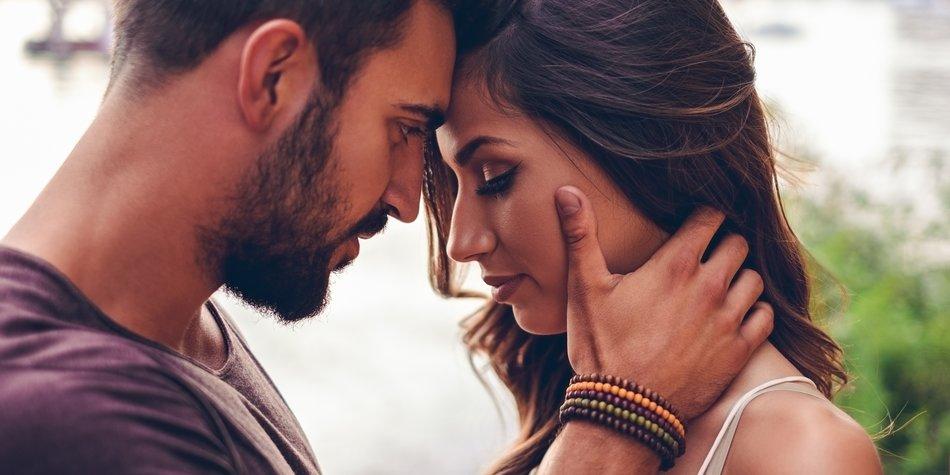 Über 40 Dating-Websites