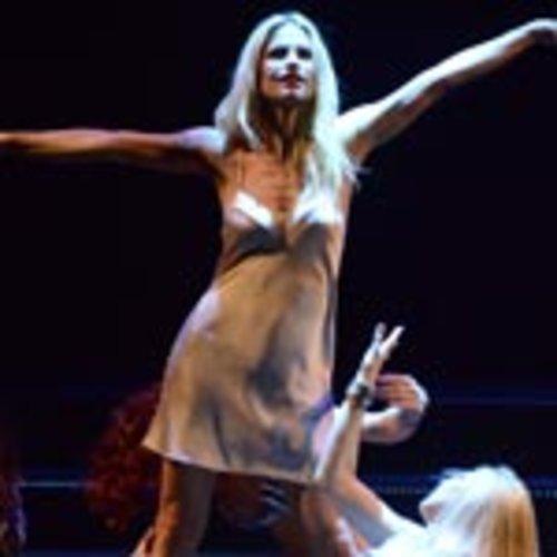 Michelle Hunziker im Theaterstück