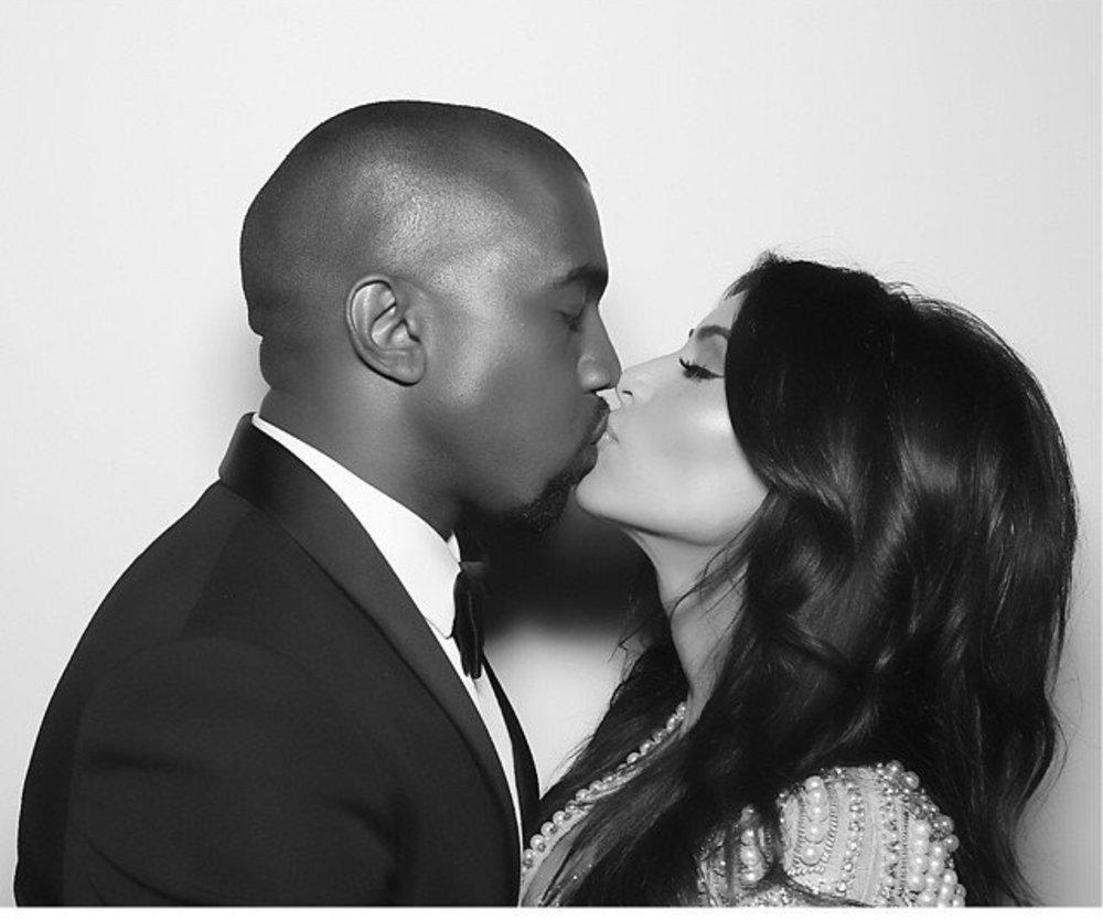 Kim Kardashian und Kanye West reisen nach Mexiko