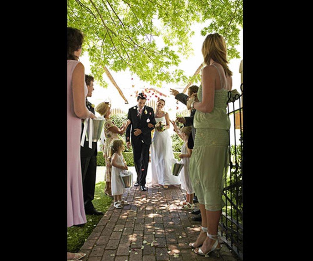 Cannabis hochzeit die etwas andere mottofeier for Hochzeit motto beispiele
