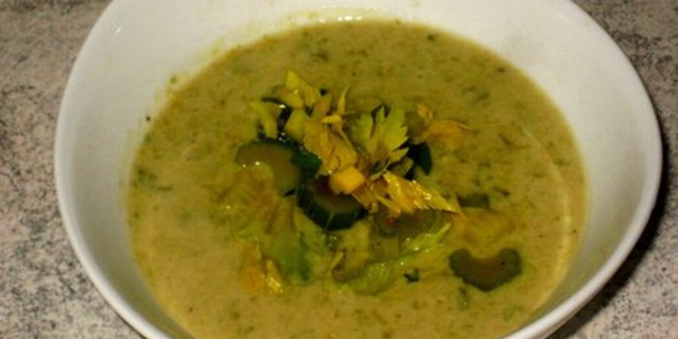 Stangensellerie-Creme-Suppe