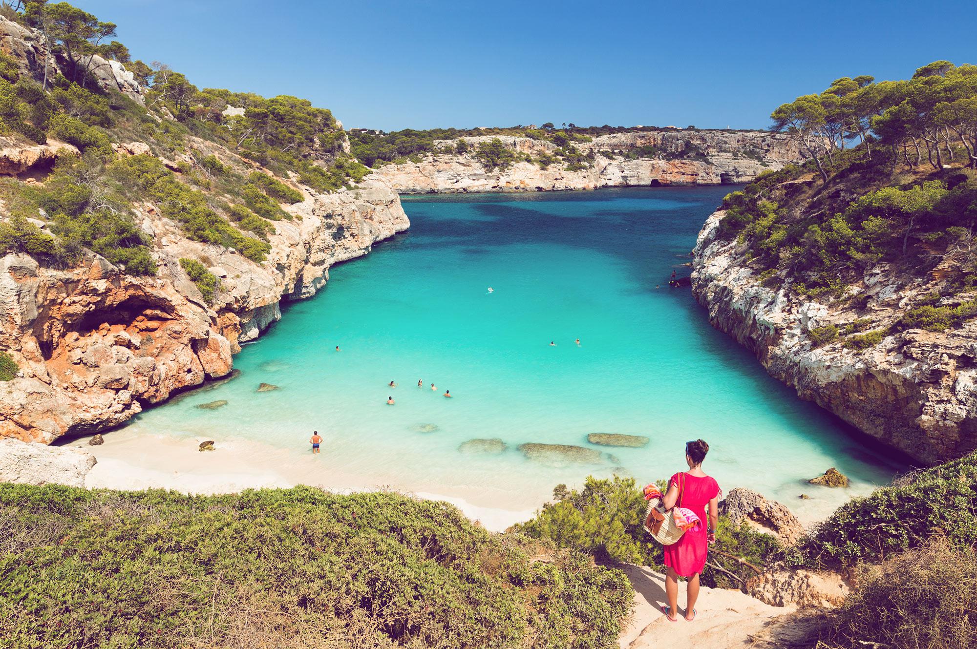 Schock für Mallorca-Urlauber: Jetzt kommt die verschärfte Maskenpflicht | desired.de