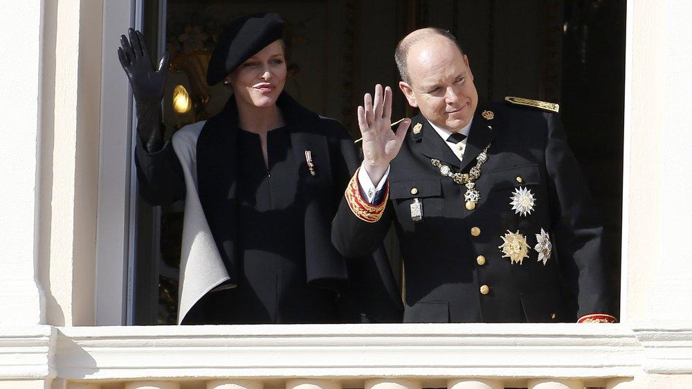 Charlène von Monaco und Fürst Albert zeigen ihre Babys