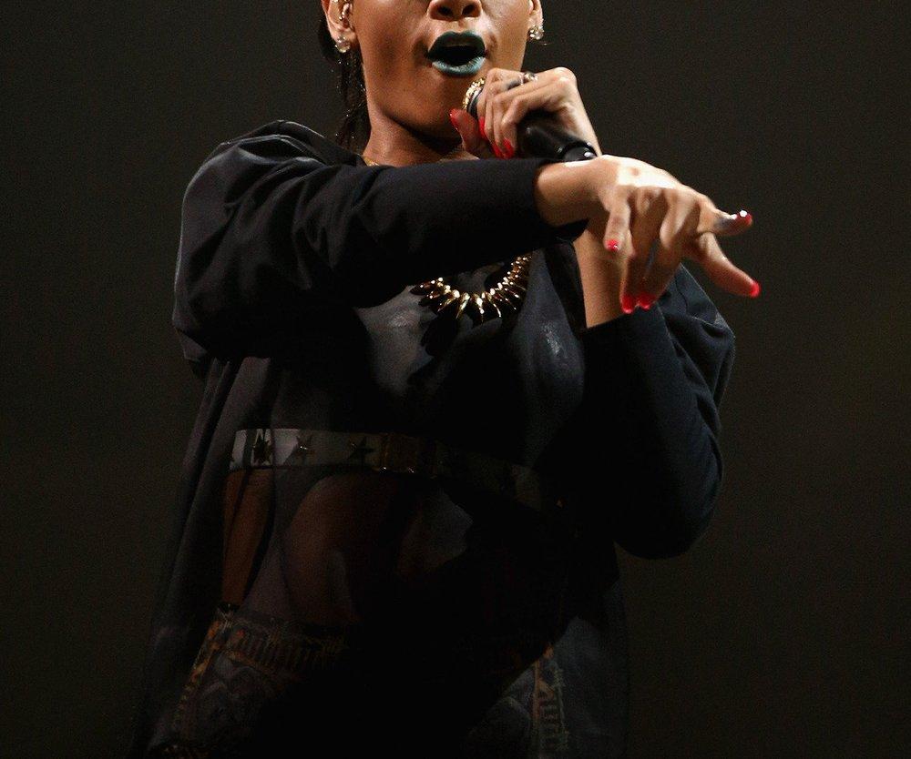 Rihanna und Shakira beim Kuscheln erwischt