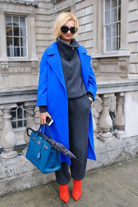 Besucherin der London Fashion Week