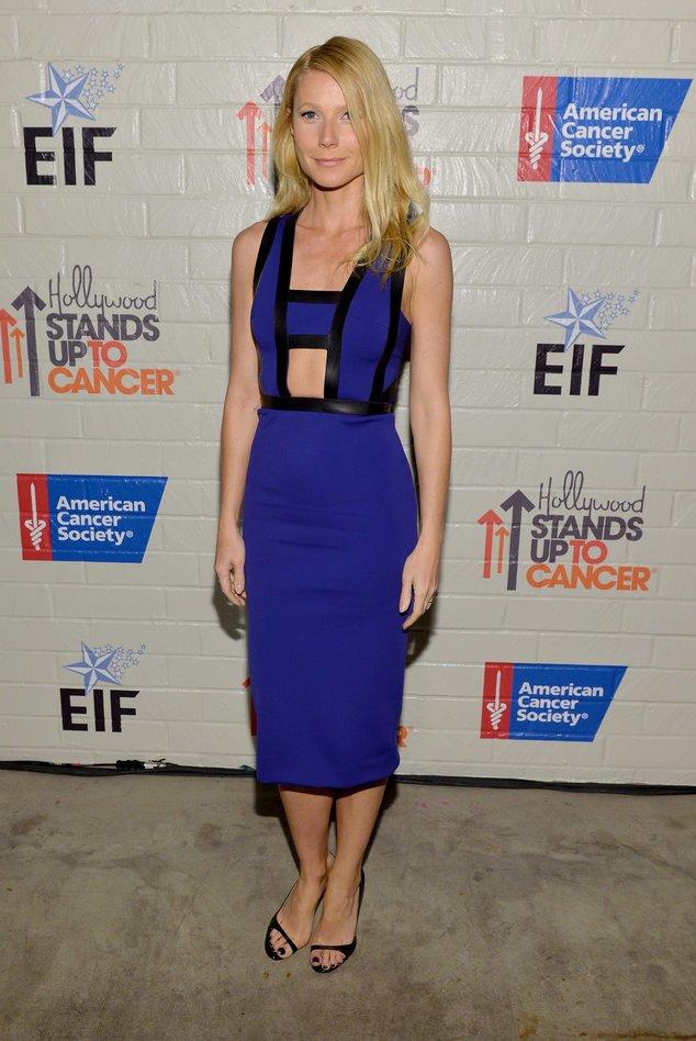 Gwyneth Paltrow offenherzig und ganz in blau